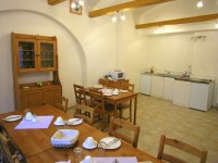2 kuchynska pracoviste / kitchen